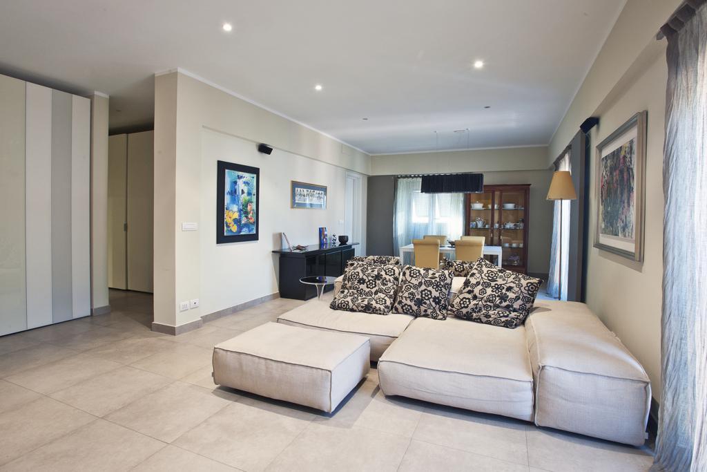 Ristrutturazione appartamento soft design for Miniappartamento design